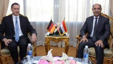 """صورة وزير الطيران المدني يستقبل سفير """"ألمانيا """" بالقاهرة"""