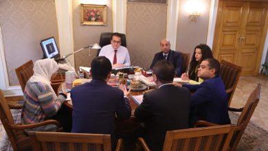 صورة وزير التعليم العالى يستقبل الرئيس التنفيذى ل  هواوى
