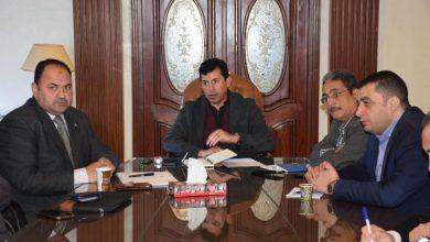 صورة وزير الرياضة يوجه بتطبيق الأنشطة الرياضية إلكترونيًا .