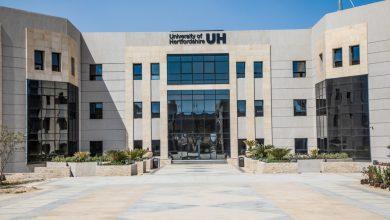 Photo of جامعة هيرتفوردشاير في مصر : ٨٥ ٪للصيدلة  ٨٠ ٪للهندسة و٧٠ ٪الاعلام