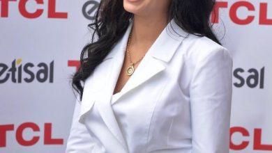 "Photo of "" روبى"" سفيرة العلامة التجارية TCL Mobileفى مصر..وبدأت بجلسة تصوير من  ""الكرنك"" .."