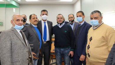 صورة مظاهرة حب وتقدير من العاملين ببريد كفر الشيخ للدكتور شريف فاروق