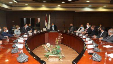 صورة يضم موصلات مصر .. تحالف دولي ومحلي يدري نظام نقل سريع للحافلات المميزة على الطريق الدائري
